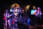 The Sledge Grits Band - Hard Rock Cafe Honolulu - (c) Stan Thomas